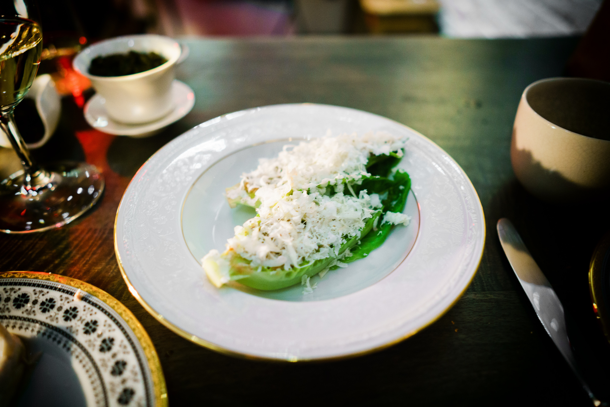 Sucrine lettuce (walnut vinaigrette)