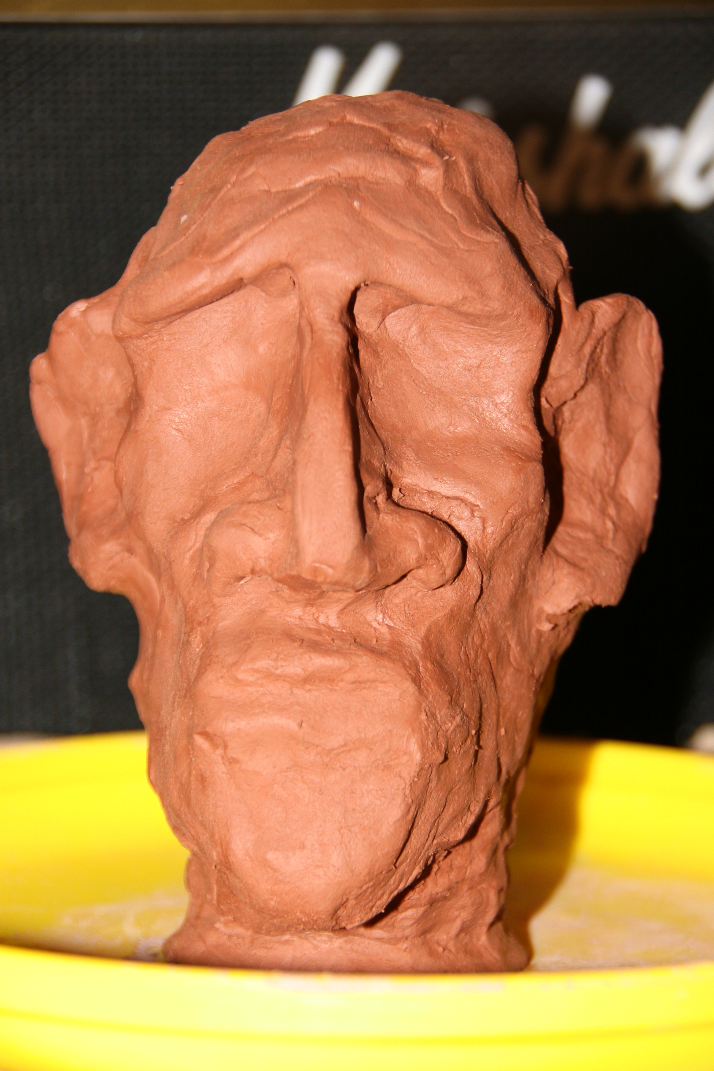 The original clay sculpt that helped me very little, mostly due to it's poor execution.