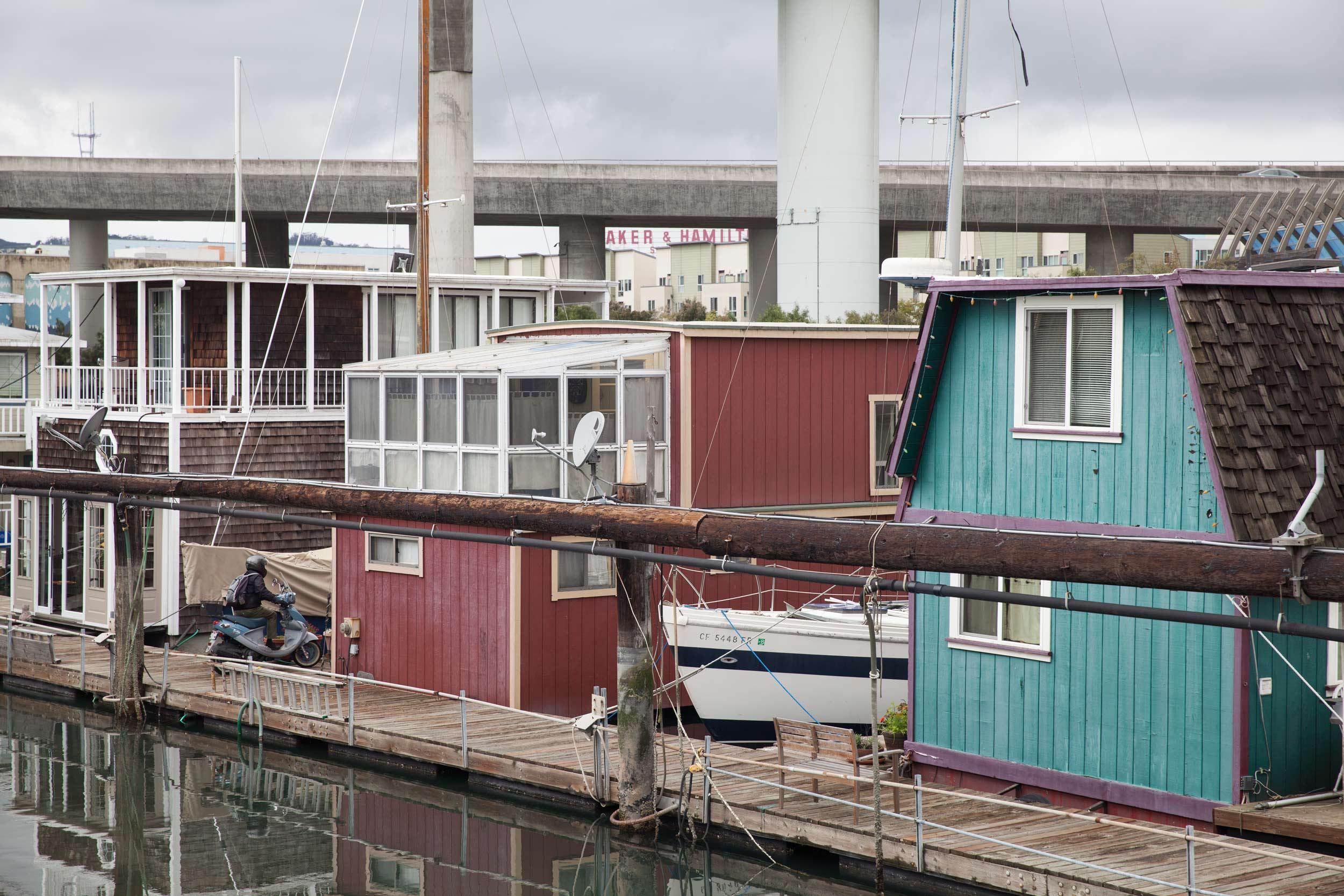 Houseboats-bike-deck-MissionCreek-SF.jpg
