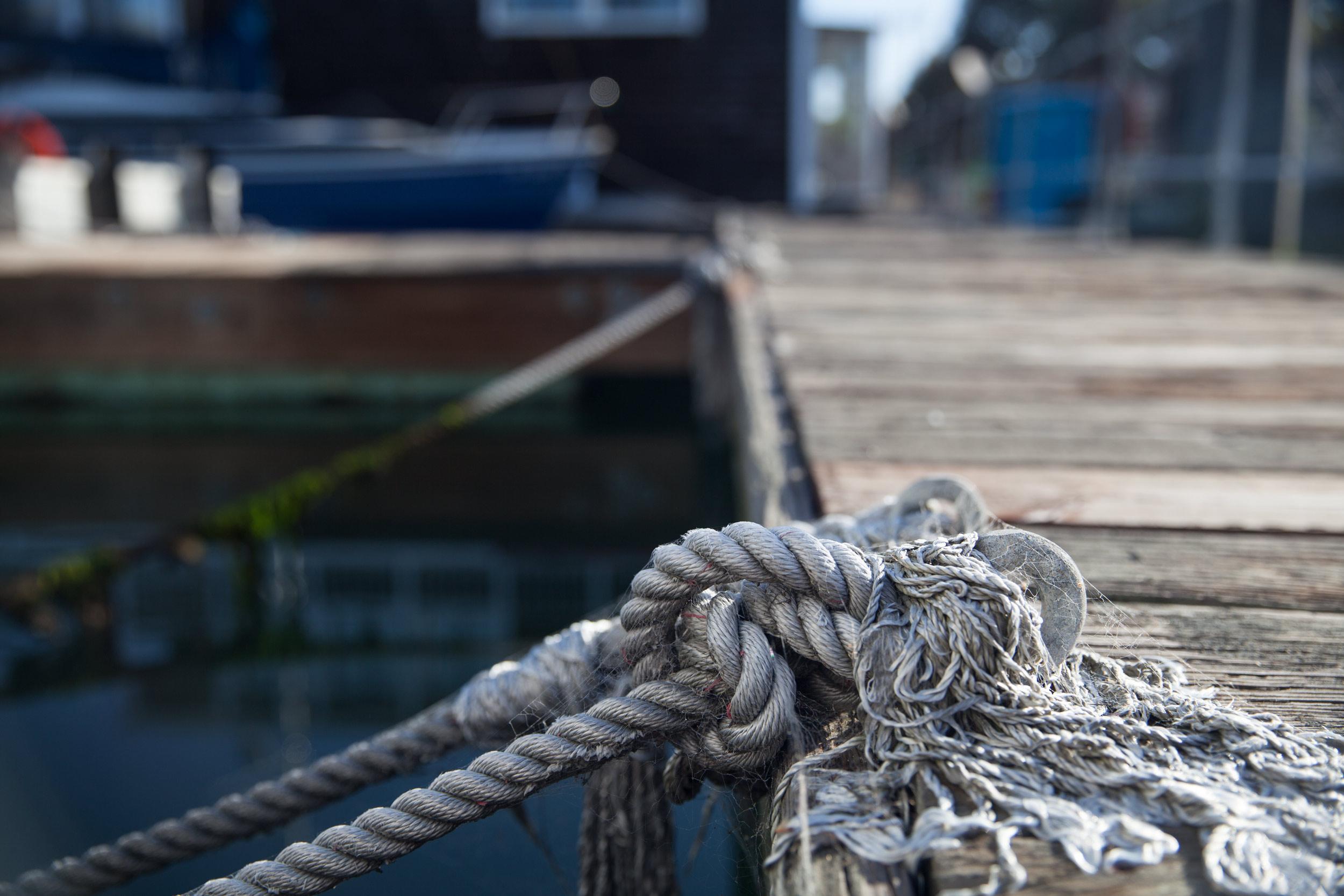 Houseboats-rope-dock-deck-MissionCreek-SF.jpg