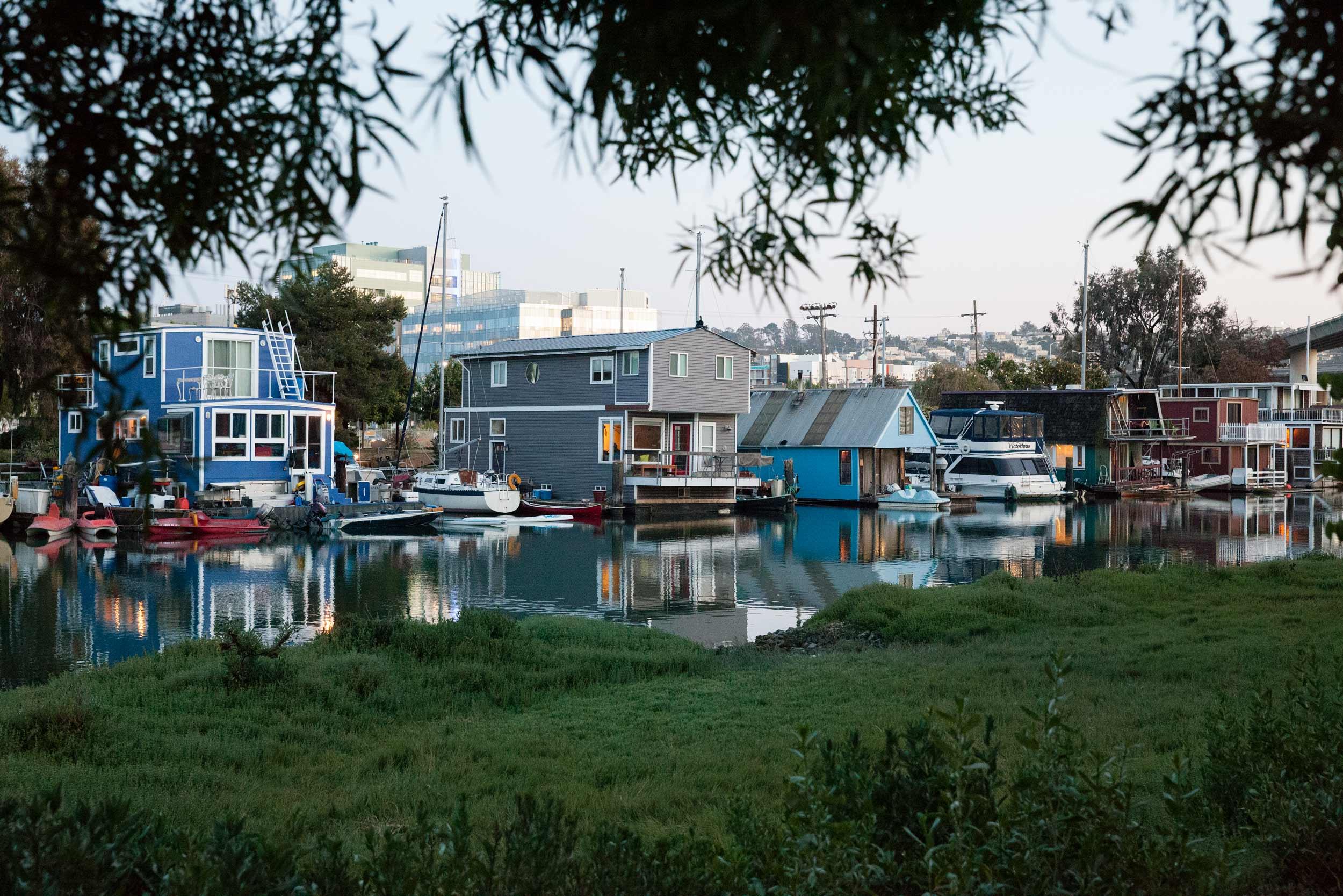 Houseboats-view-MissionCreek-SF.jpg