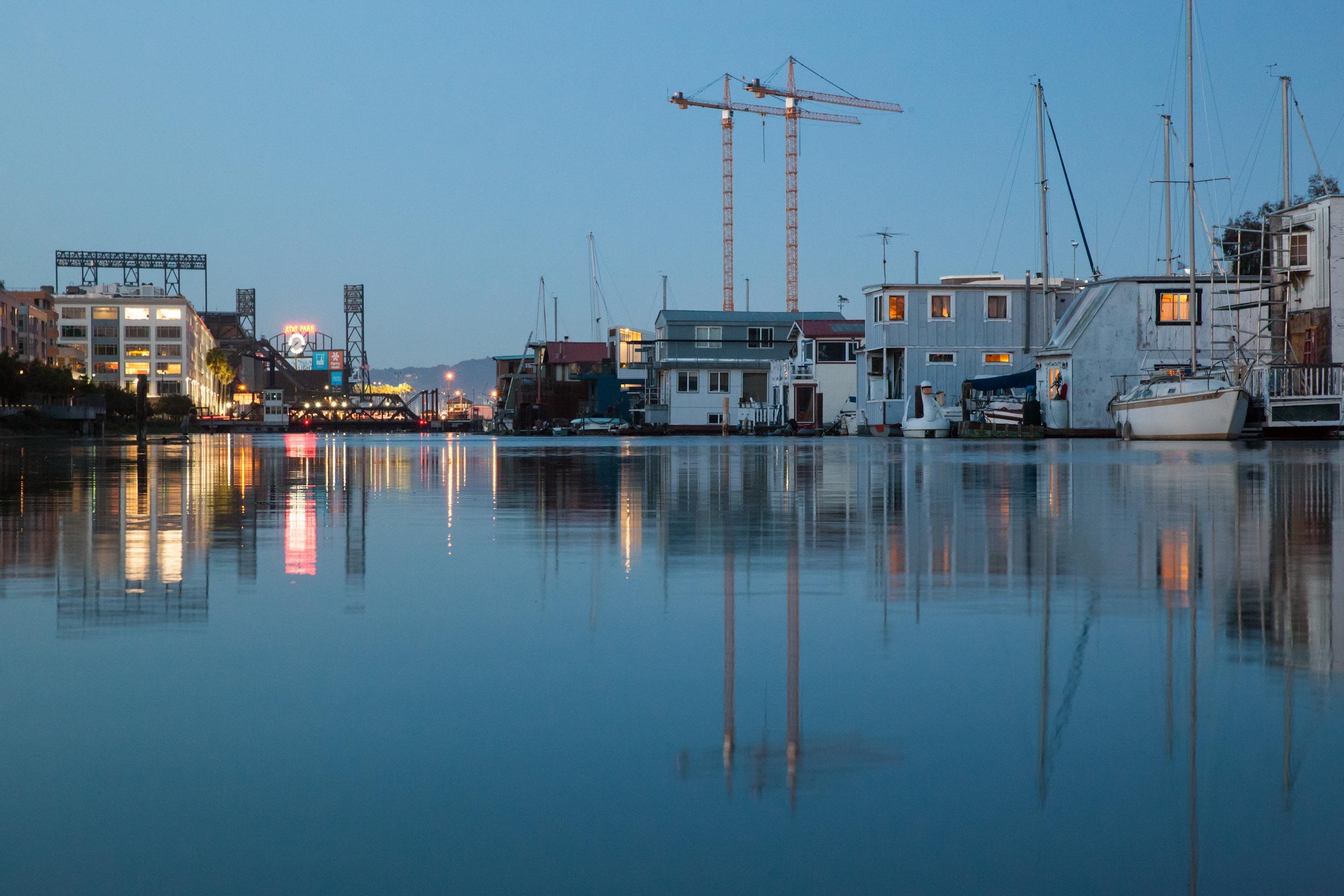 Houseboats-water-AT&TPark-MissionCreek-SF.jpg