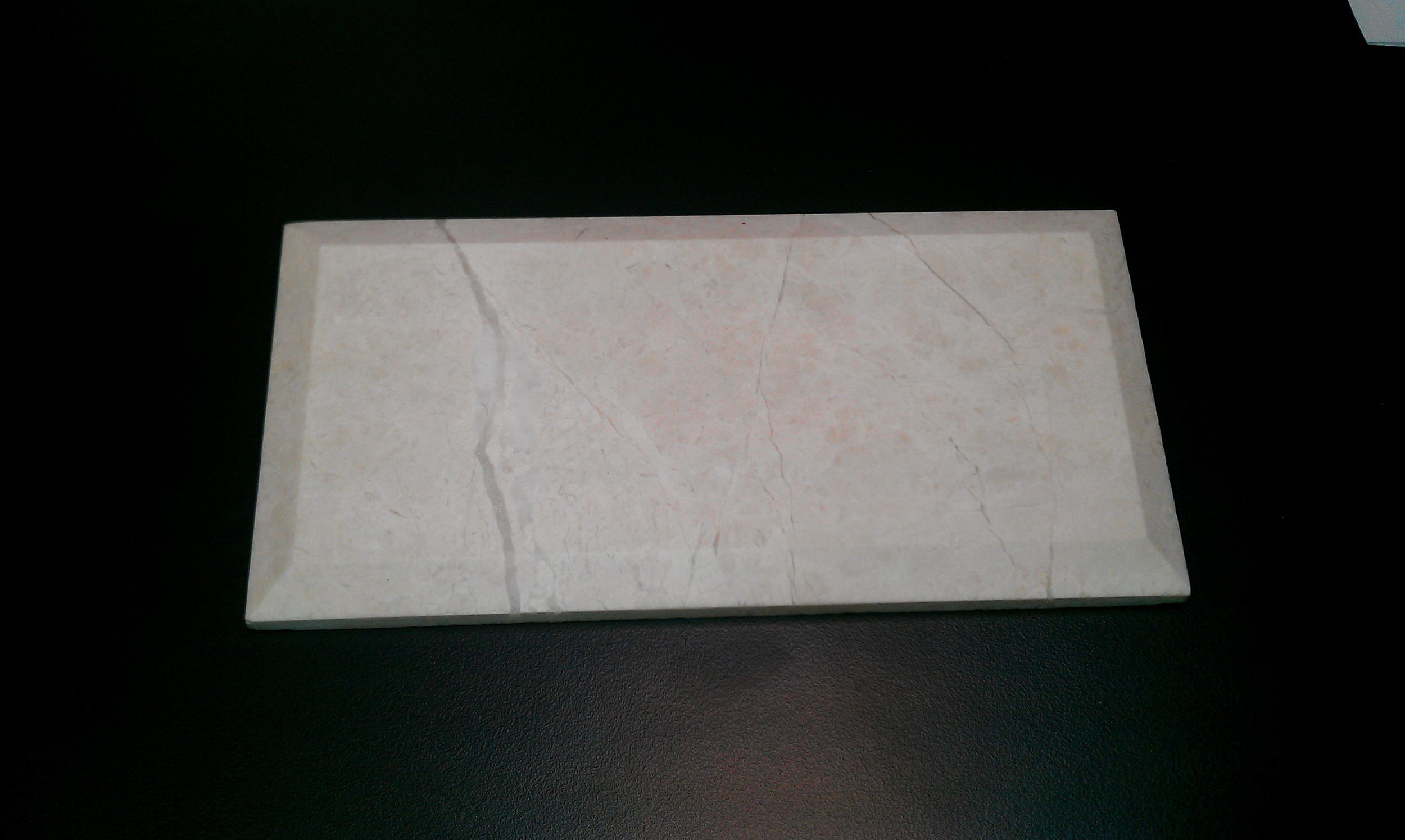 limestone tile pic
