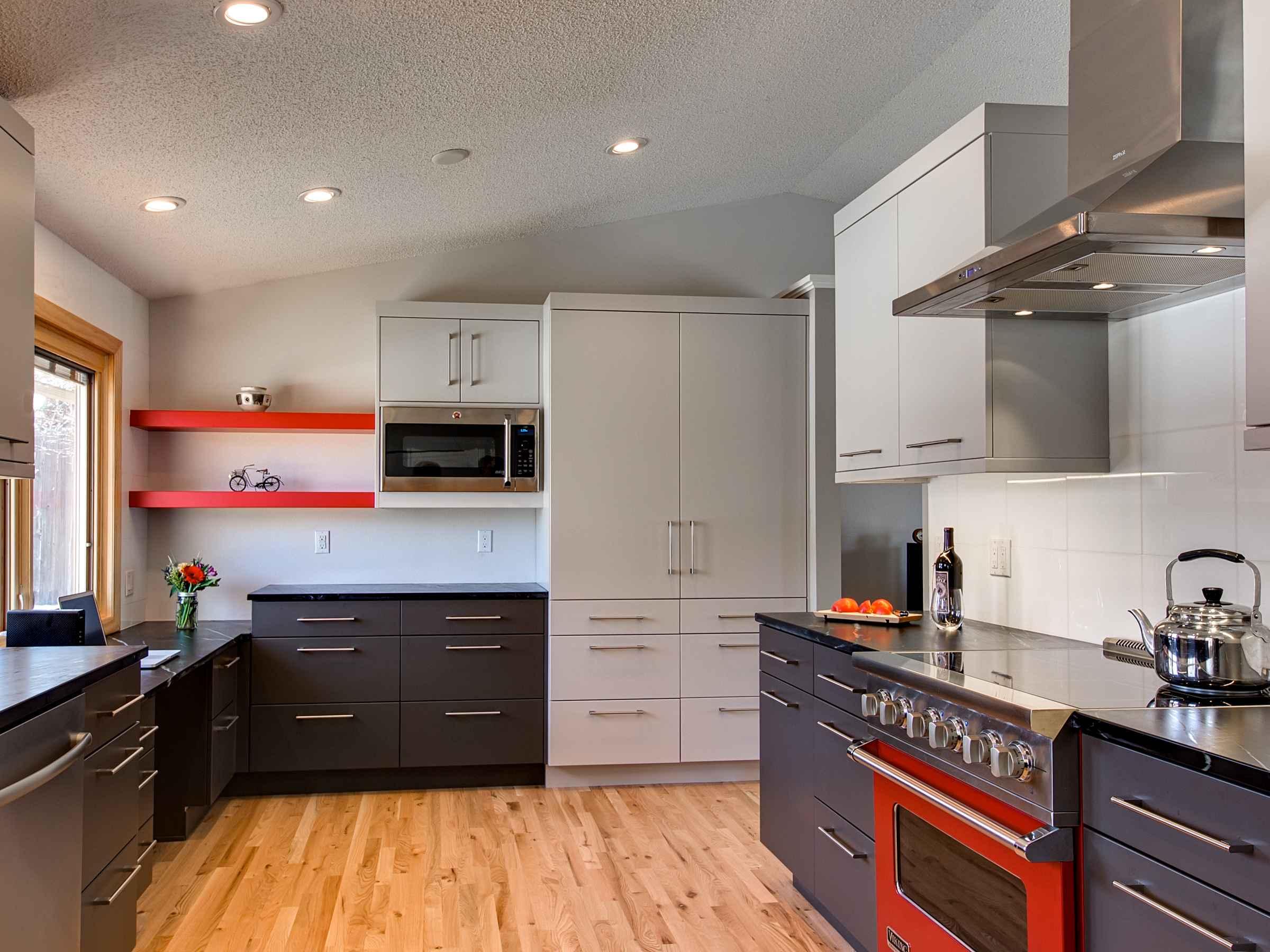 pops of color — sanctuary kitchen and bath design-2.jpg