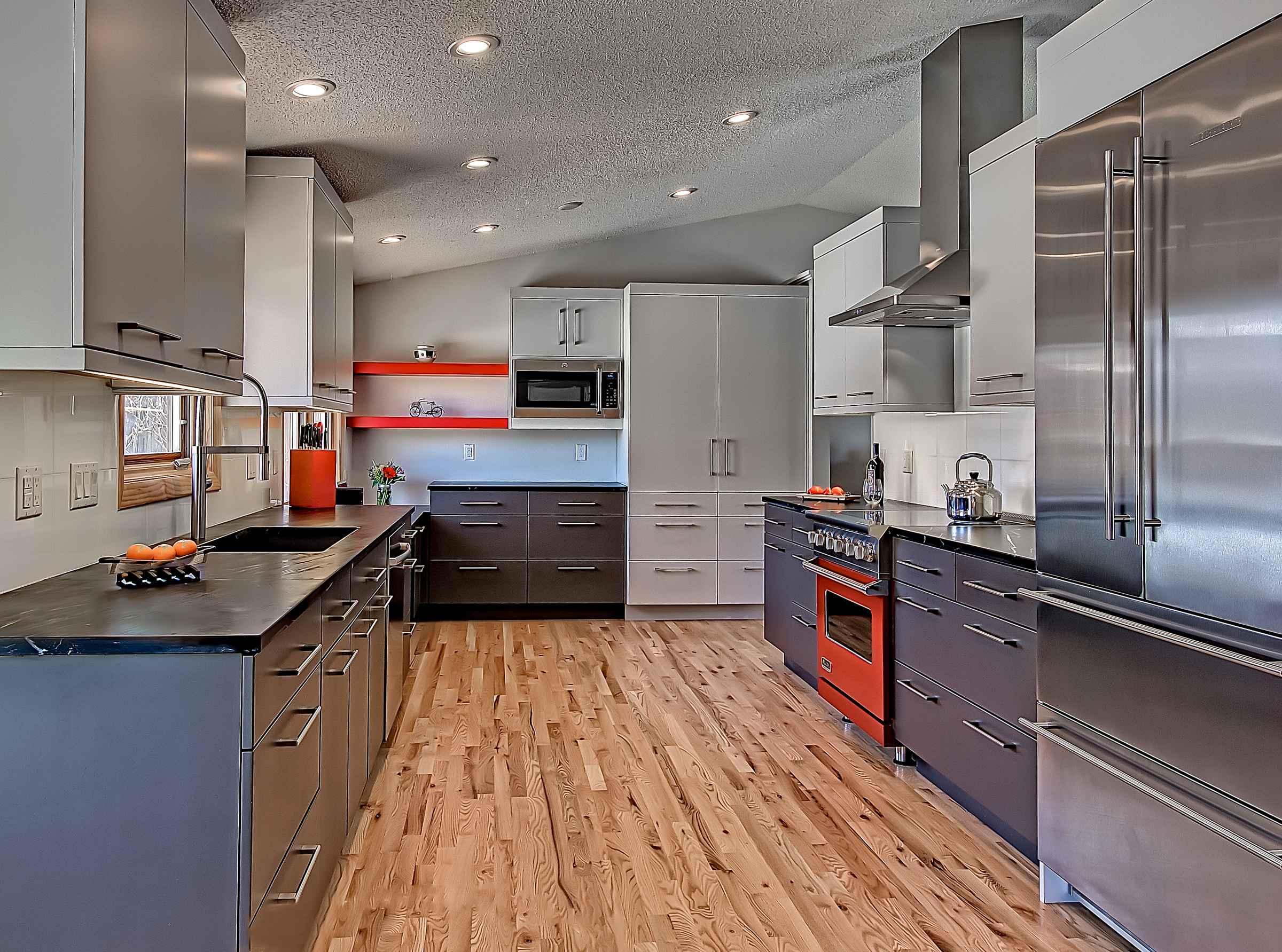 pops of color — sanctuary kitchen and bath design.jpg