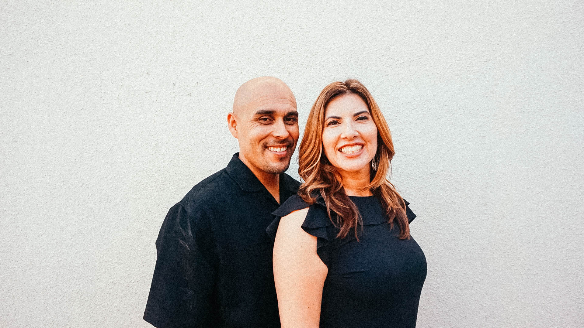 CARLOS & MONA GONZALEZ     Growth Group Leaders | Couples