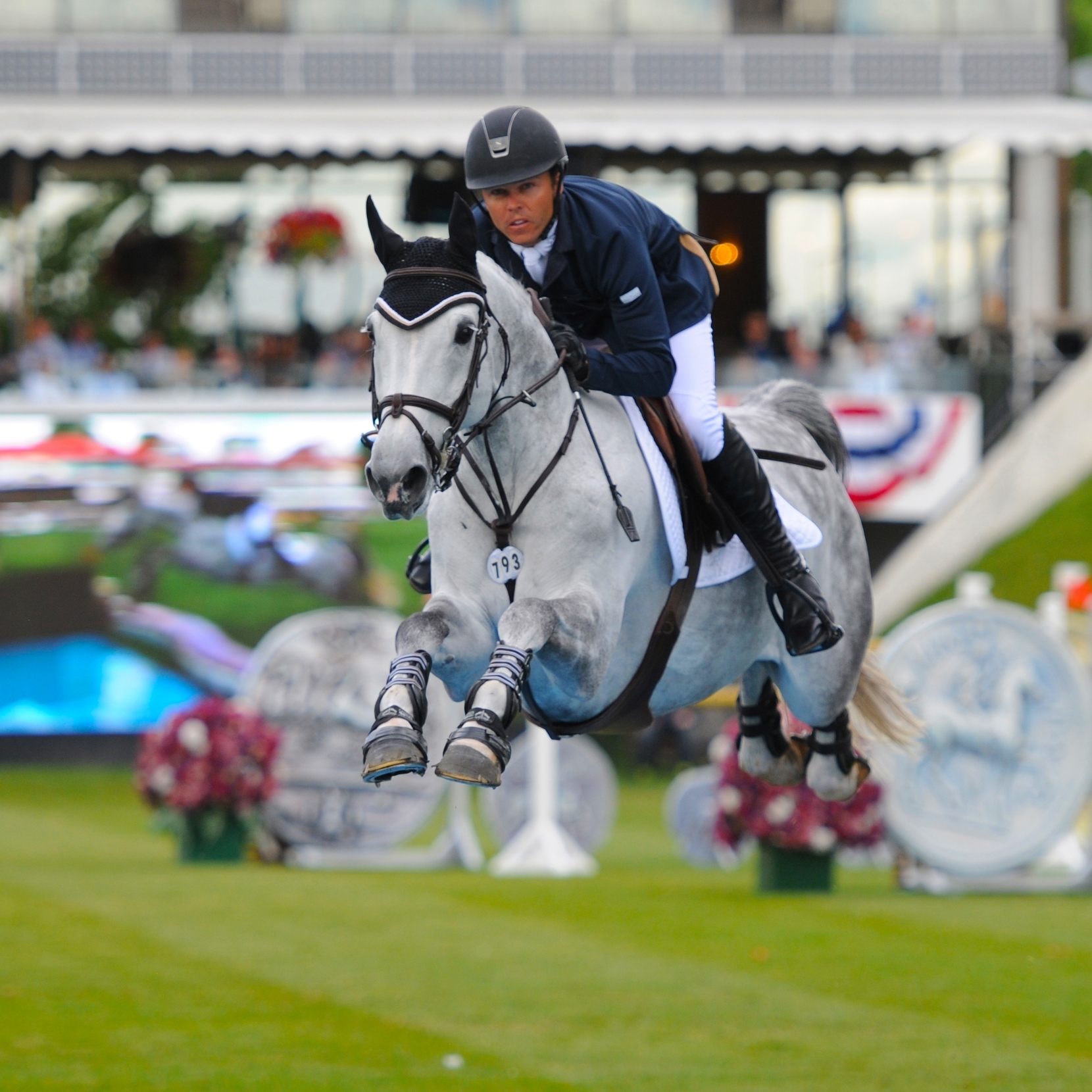 KENT FARRINGTON WINS $400,000 CN RELIABLITY GRAND PRIX FOR SECOND YEAR IN A ROW  The biggest prize money purse on offer at the 'National' Tournament was in today's $400,000 CN Reliability Grand Prix, CSI-W 5*, and it was Kent Farrington (USA) who took home the winner's share for the second year in a row with Uceko.    READ MORE