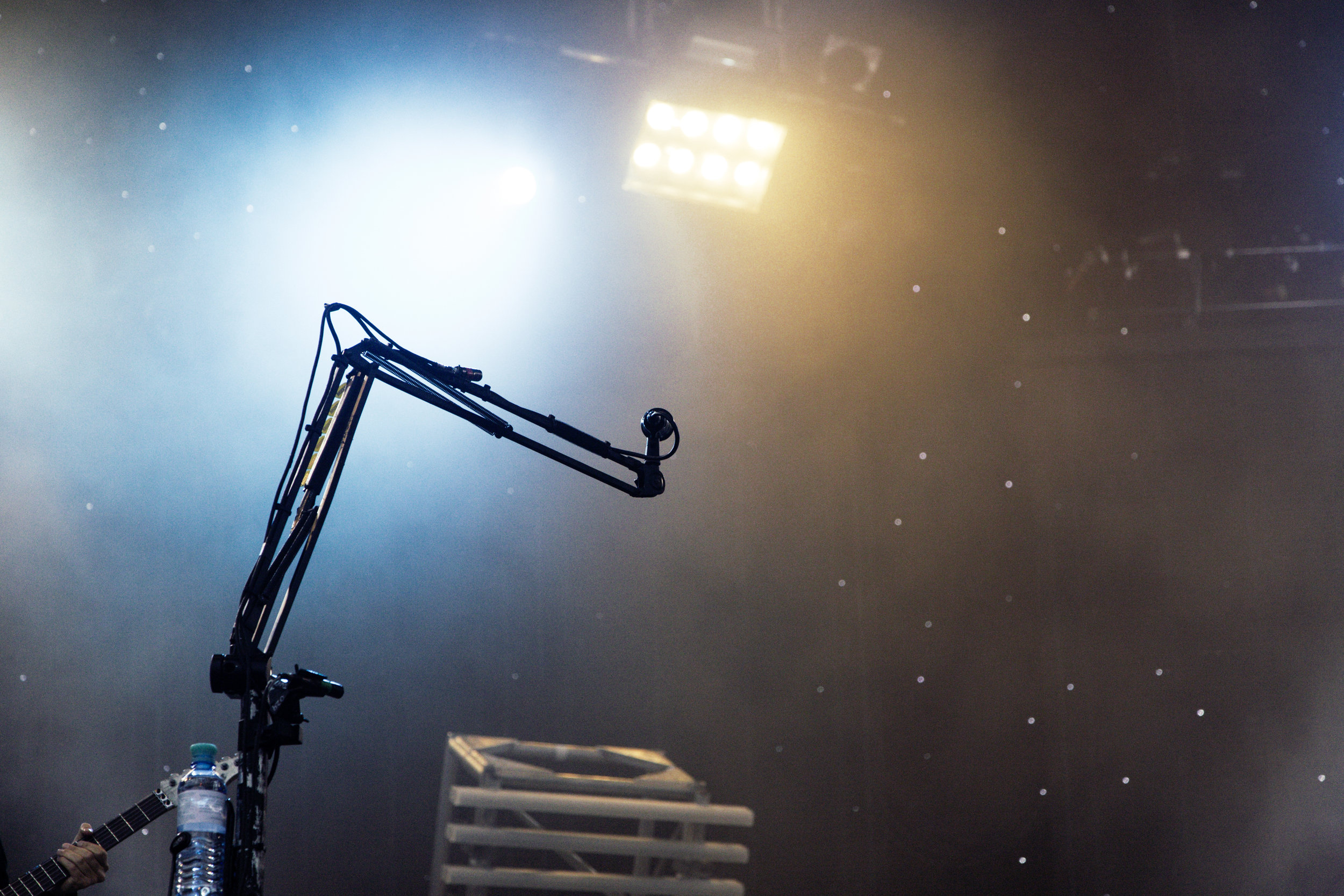 mic-perform.jpeg