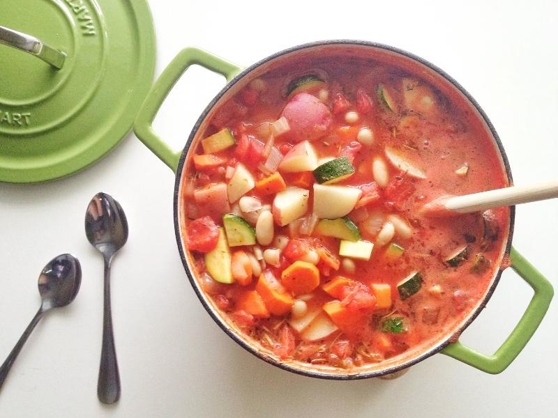 hearty veg soup2.JPG