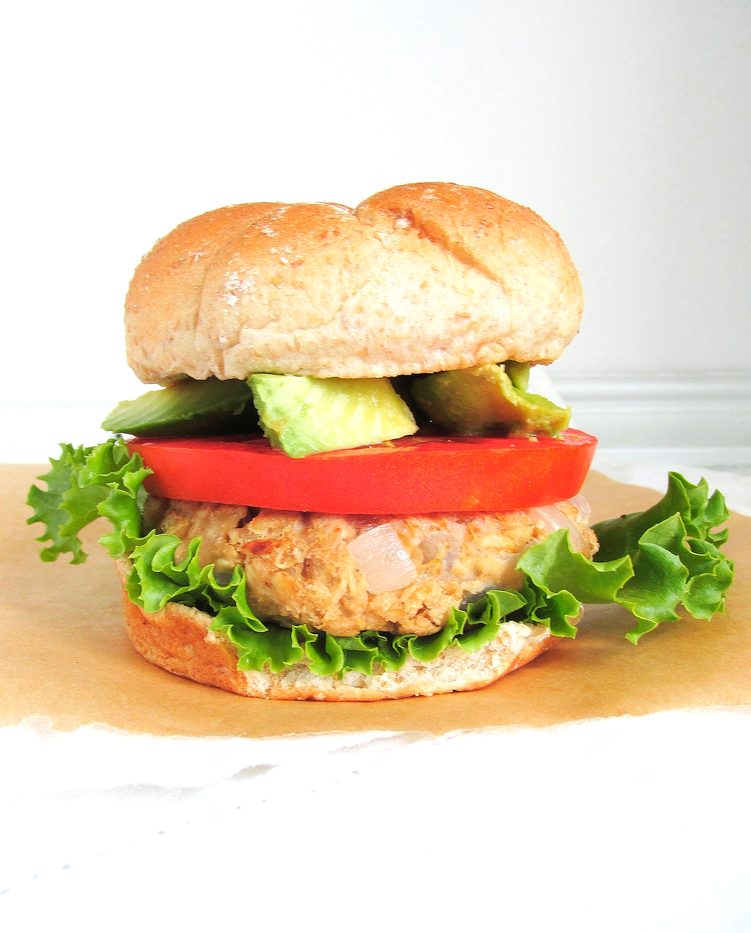 chickpea oat burger3.JPG