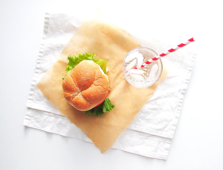 chickpea oat burger5.JPG