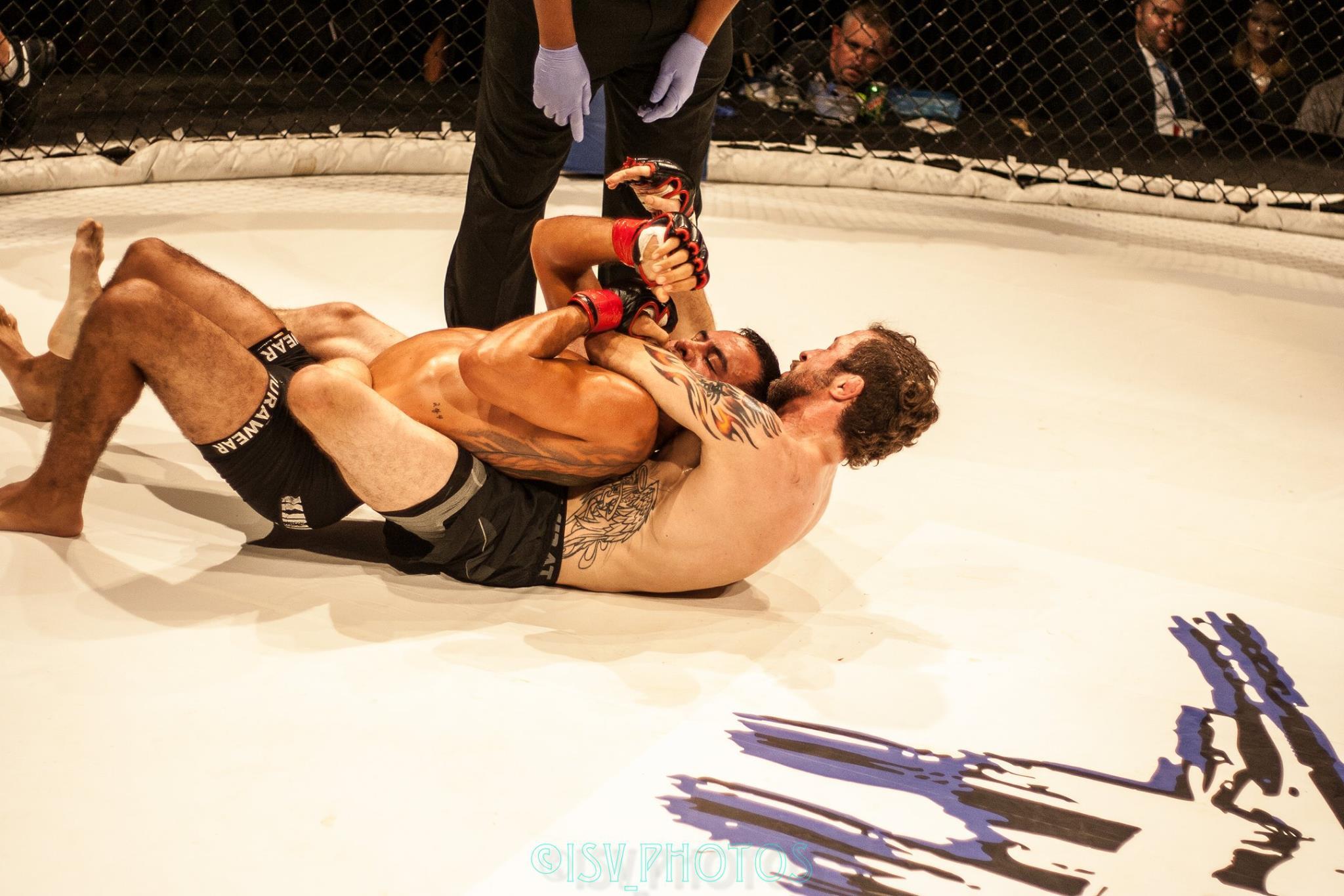 Bleser vs. Quintanilla - Photo Credit:  Isaac Vaughn Photography