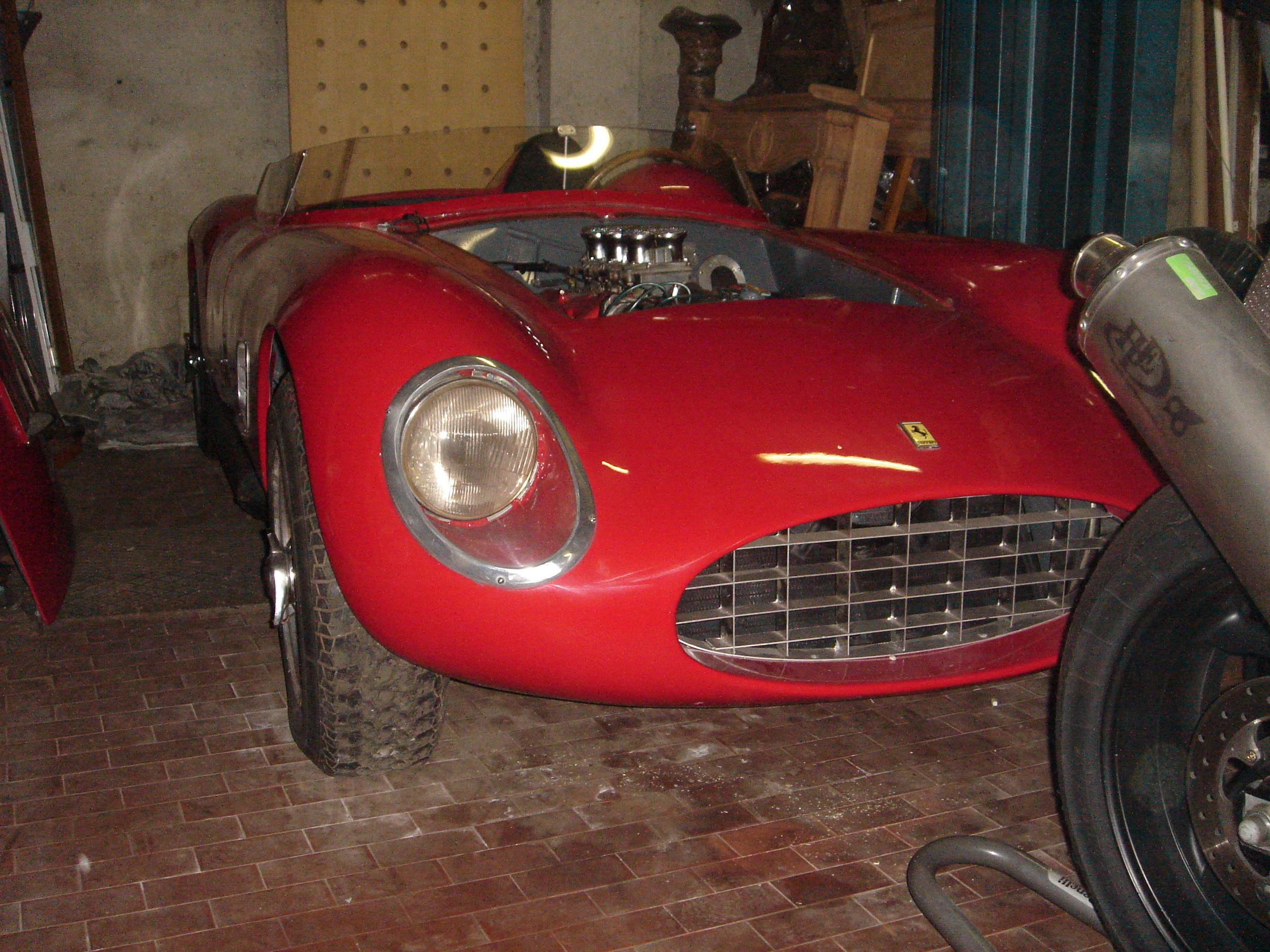 Italian cars 001.jpg