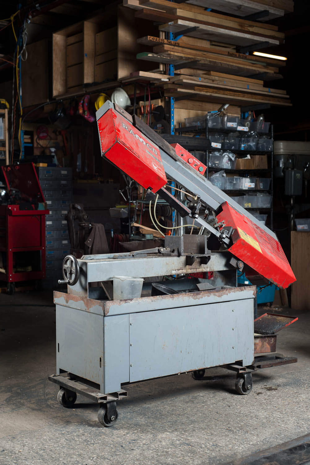 "RAMCO RS100P METAL CUTTING BAND SAW, variable blade speed and feed rate for various alloys, 14"" x 7"" cutting capacity"