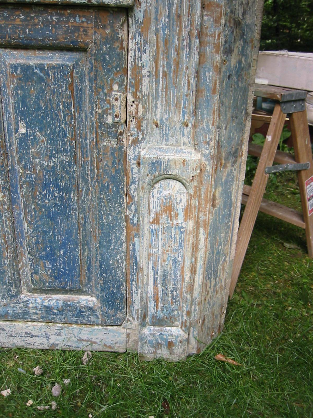 Corneer cupboard 005.jpg