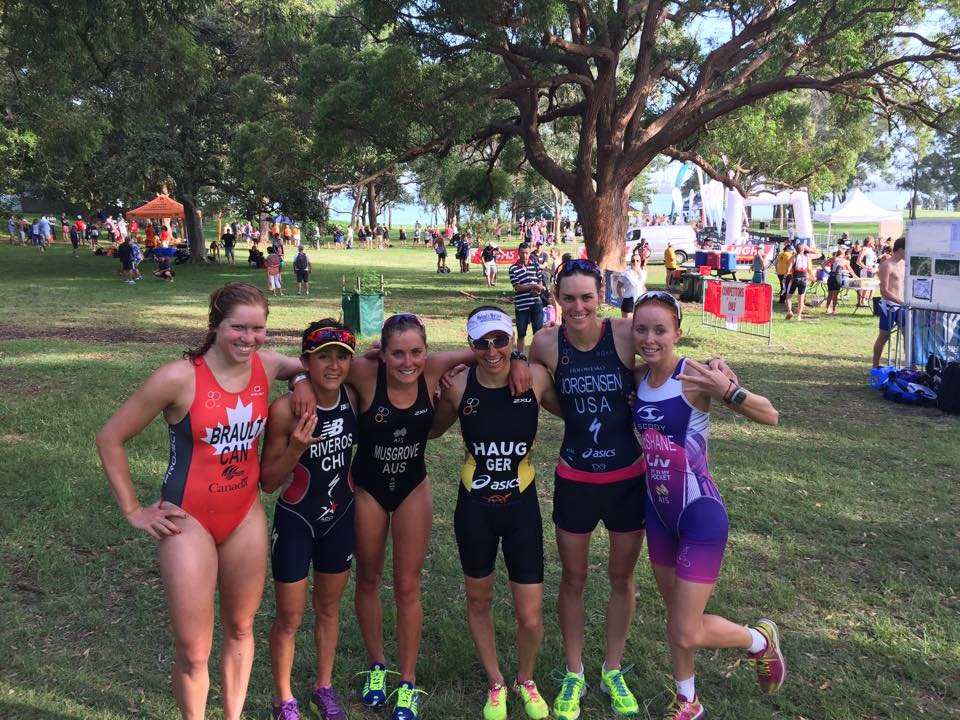 The lady Wizards after an early morning race in Kurnell (From L to R: Sarah Ann Brault, Barbara Riveros, Grace Musgrove, Anne Haug, me, Charlotte McShane)