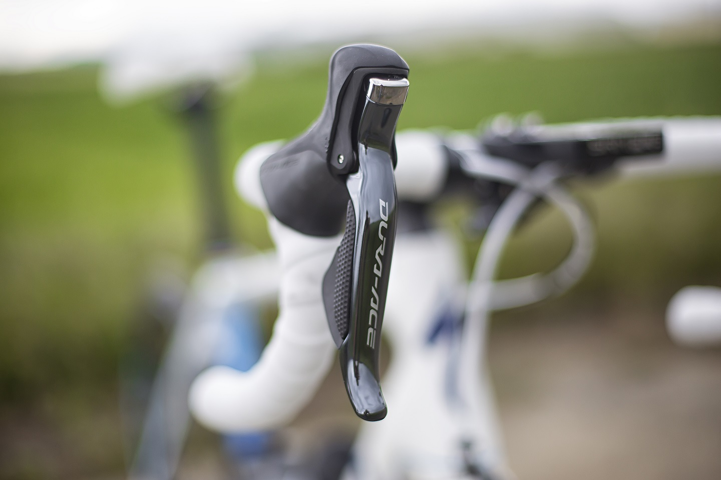 I first switched to Shimano Di2 in 2014 and have not looked back since, I can always rely on the shifting to be crisp and precise.