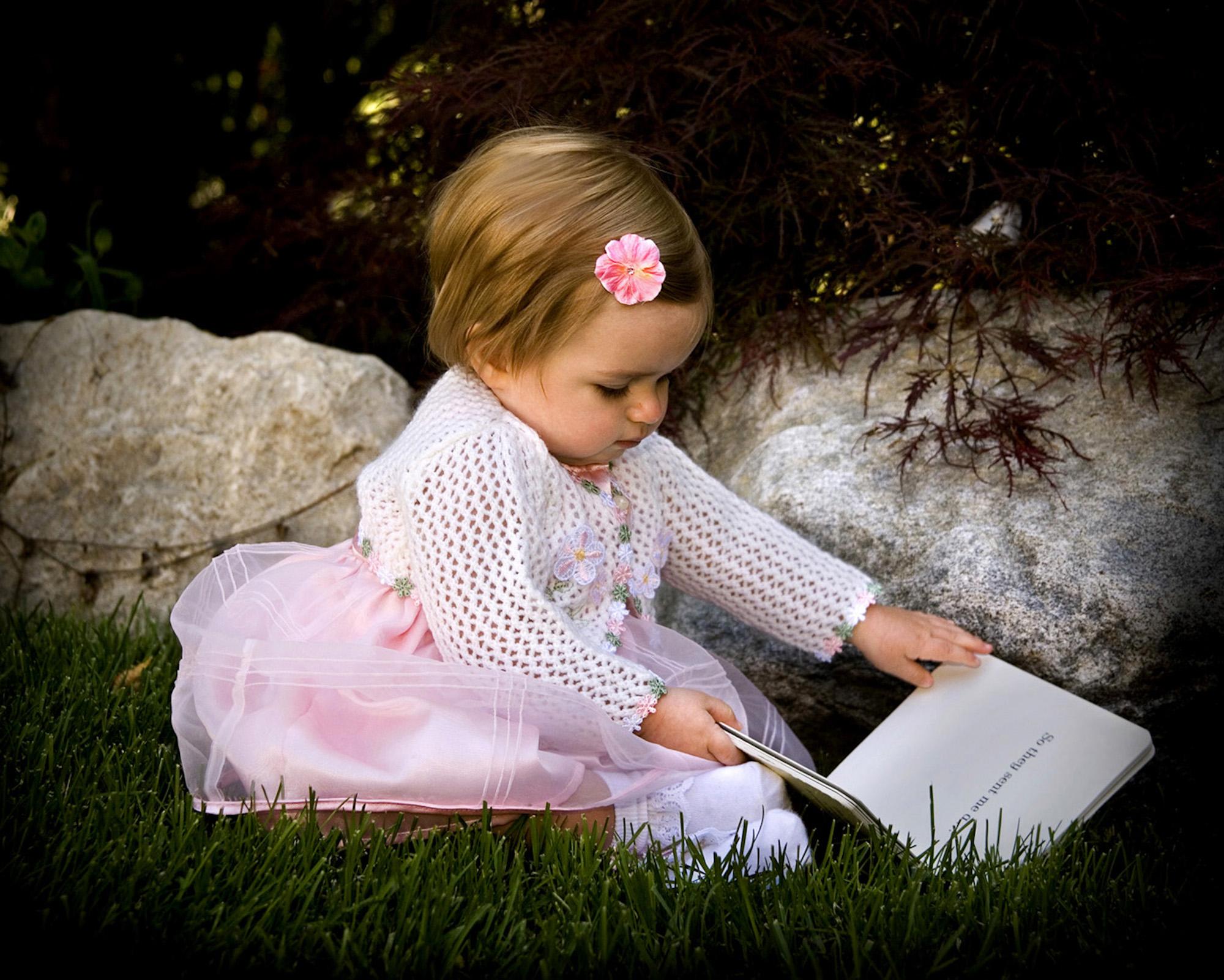 12 Jocelyn - book.jpg