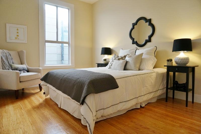 Bedroom (3) (800x532).jpg