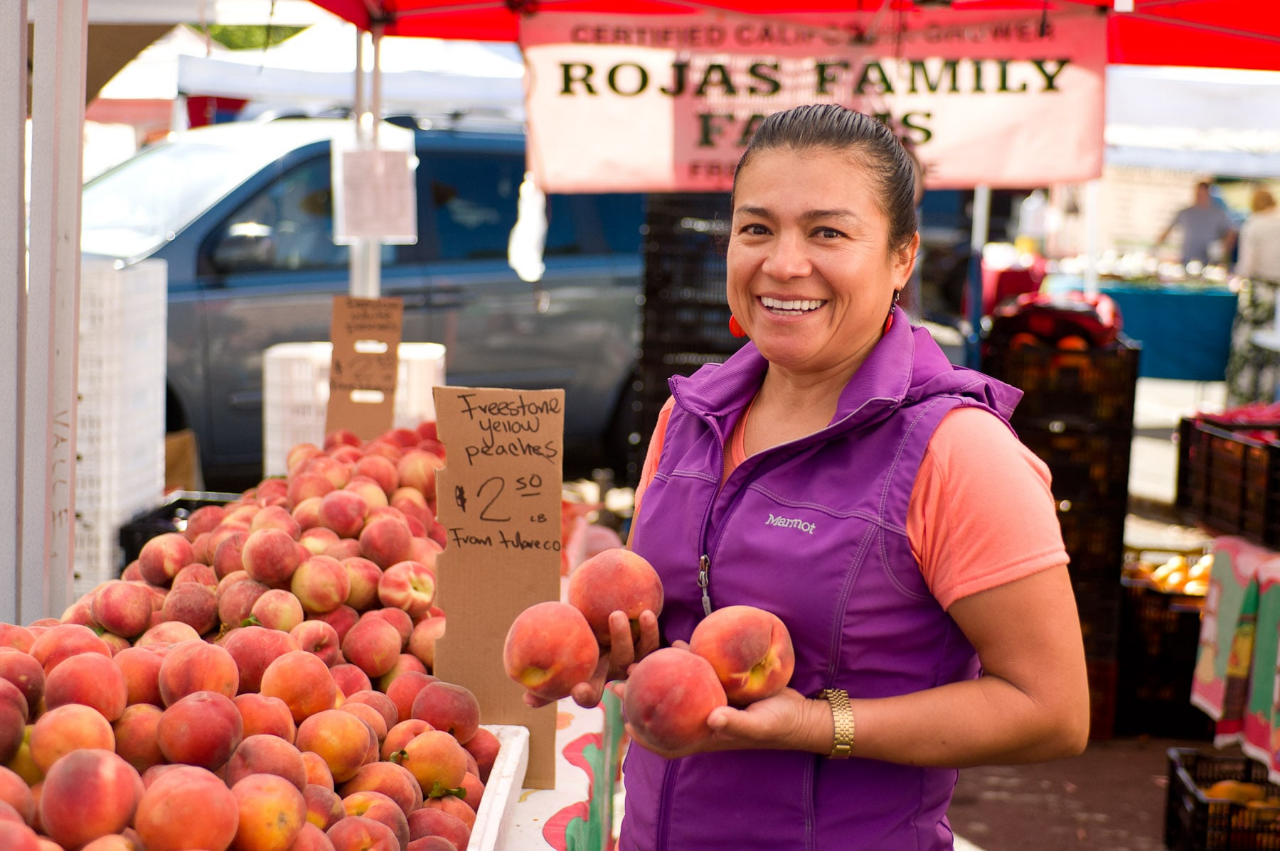 Neighbors come out to the Clement Street Farmers Market every Sunday morning to stock up on fresh local produce, organic meats and other goodies.