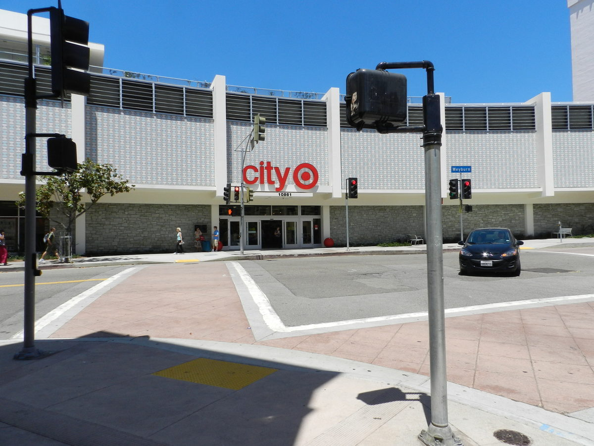 A shopping center at the intersection of Masonic and Geary houses a City Target, Best Buy and several other national retailers.