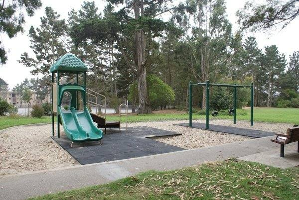 Located on Eucalyptus Drive near Stonestown and Lowell High School, Rolph Nicol Park (also known as Eucalyptus Park) is a quiet three-acre green space in the Park Merced neighborhood surrounded by magnificent eucalyptus trees.