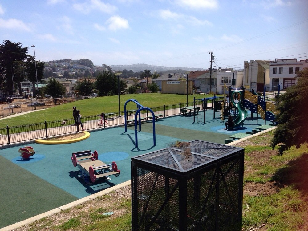 The Minnie & Lovie Ward Recreation Center on Capitol Avenue has a gymnasium, community room, teen center, preschool, kitchen and weight room. An adjacent 10-acre park includes a playground, picnic and BBQ areas, walking paths and numerous sports courts.