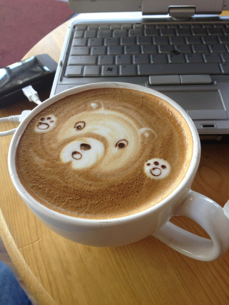 Fog Lifter Café on Ocean Avenue is a favorite spot for telecommuting and sampling artisan coffees.