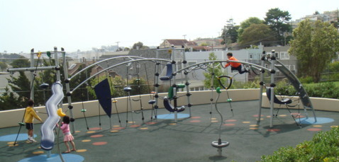 Sunnyside Playground is a well-loved family park that contains a modern playground, huge sandbox, merry-go-round and fountain, and a fully restored clubhouse.