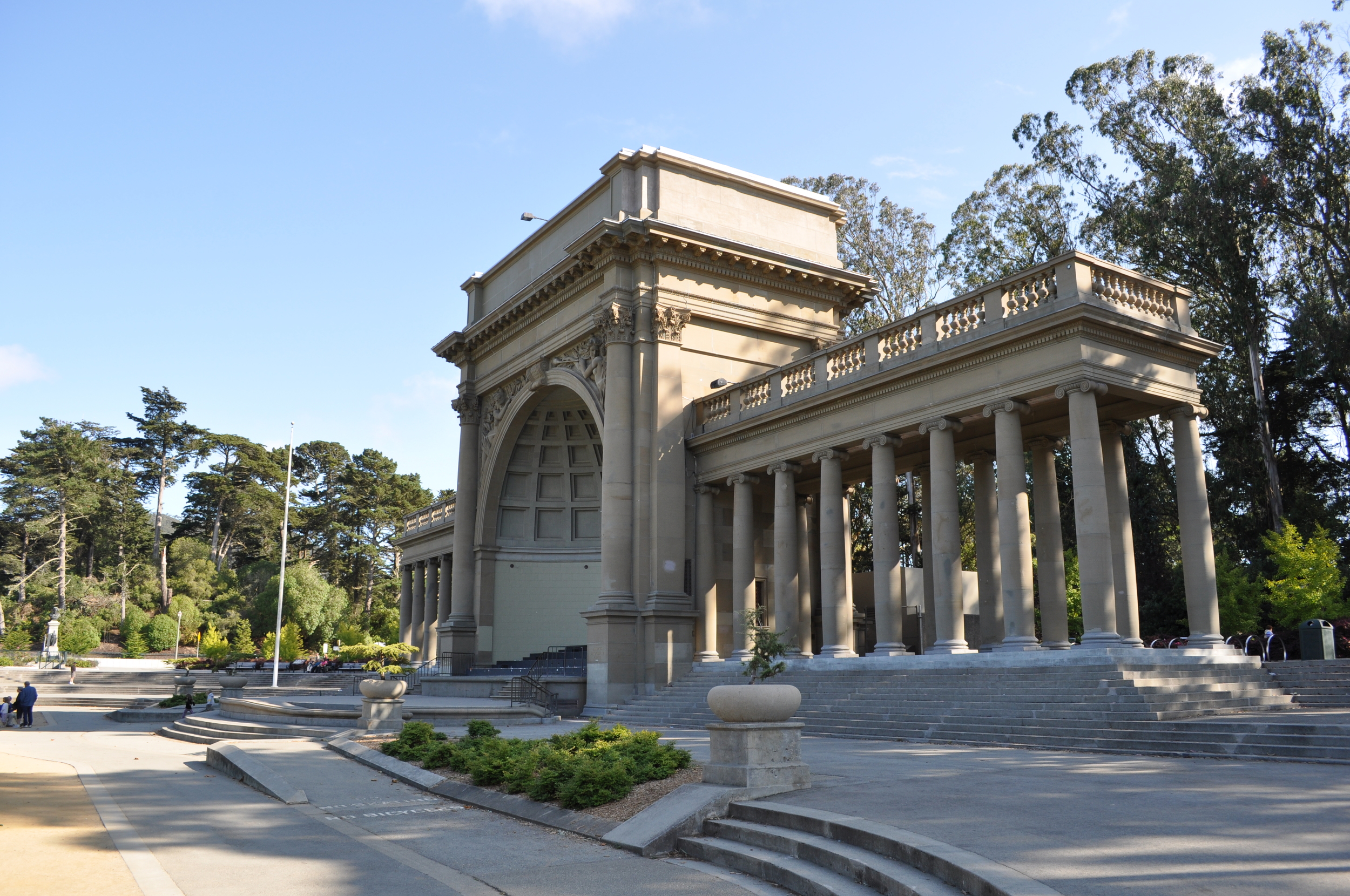 Golden Gate Park offers a myriad of treasures, from world-renowned museums to miles of hiking, biking and walking trails.