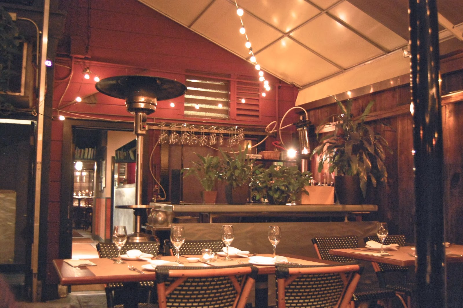 Isa is one of the many celebrated restaurants on Steiner Street between Chestnut and Lombard.
