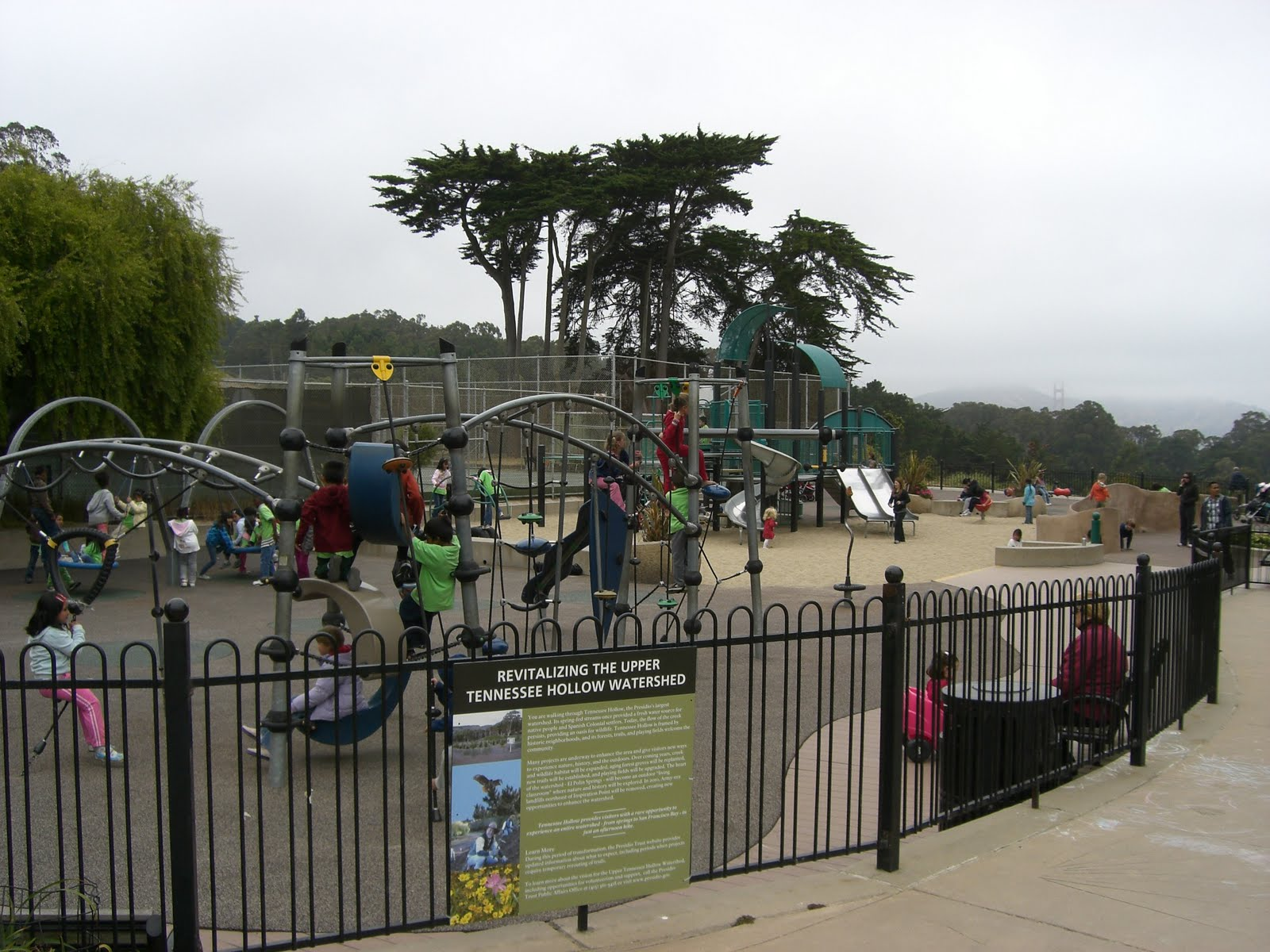 Established in 1923 to serve military families living in the Presidio, Julius Kahn Playground now boasts modern playground equipment, sports courts and playing fields, a clubhouse and hiking paths that connect with deeper trails within the Presidio.