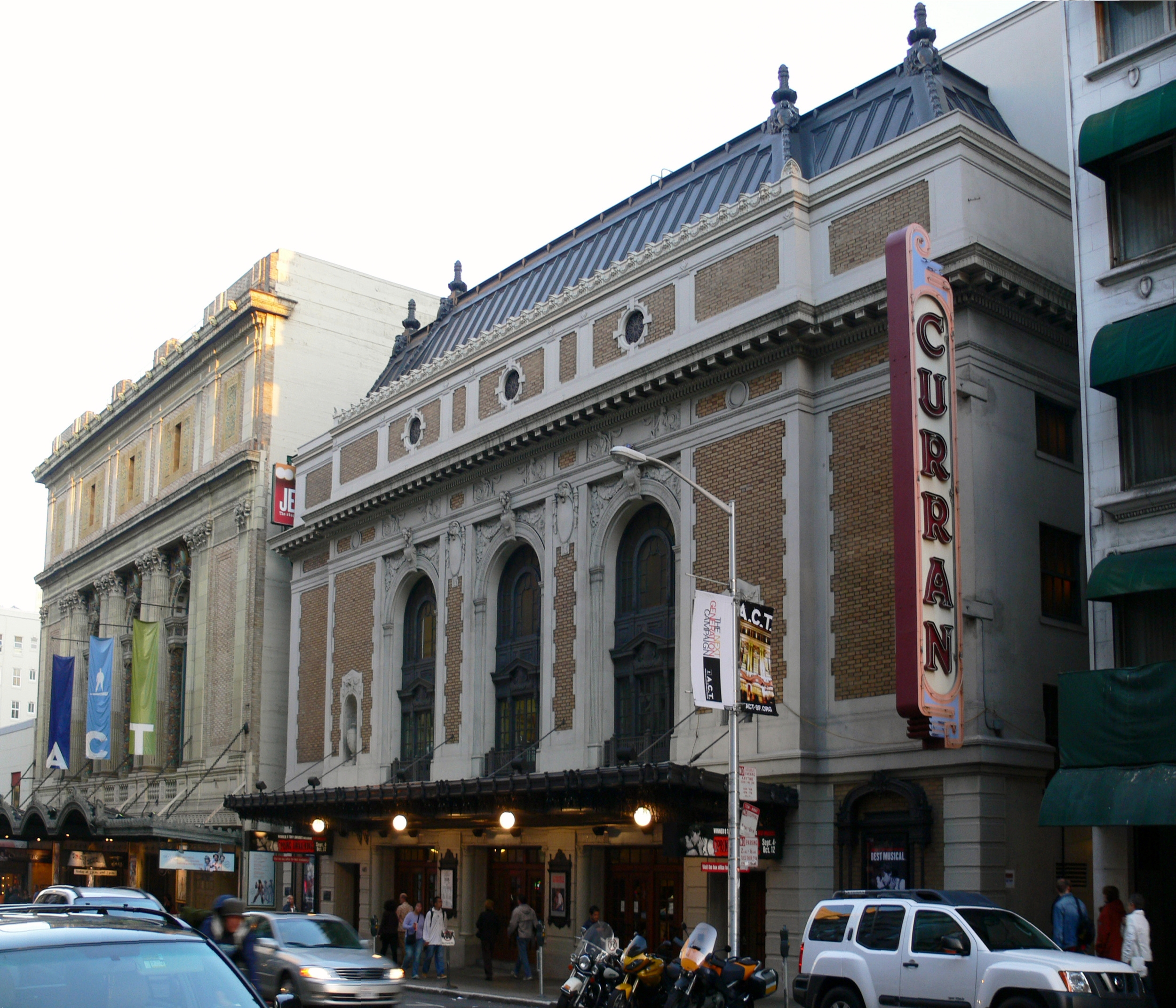Many acclaimed productions are held at the Curran Theatre.