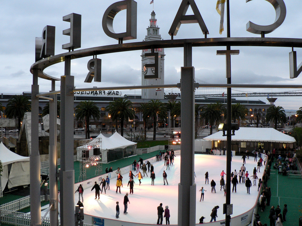 A commercial complex of five office towers and two hotels, the Embarcadero Center is also home to an array of specialty shops and restaurants, and is the site of a holiday ice-skating rink.