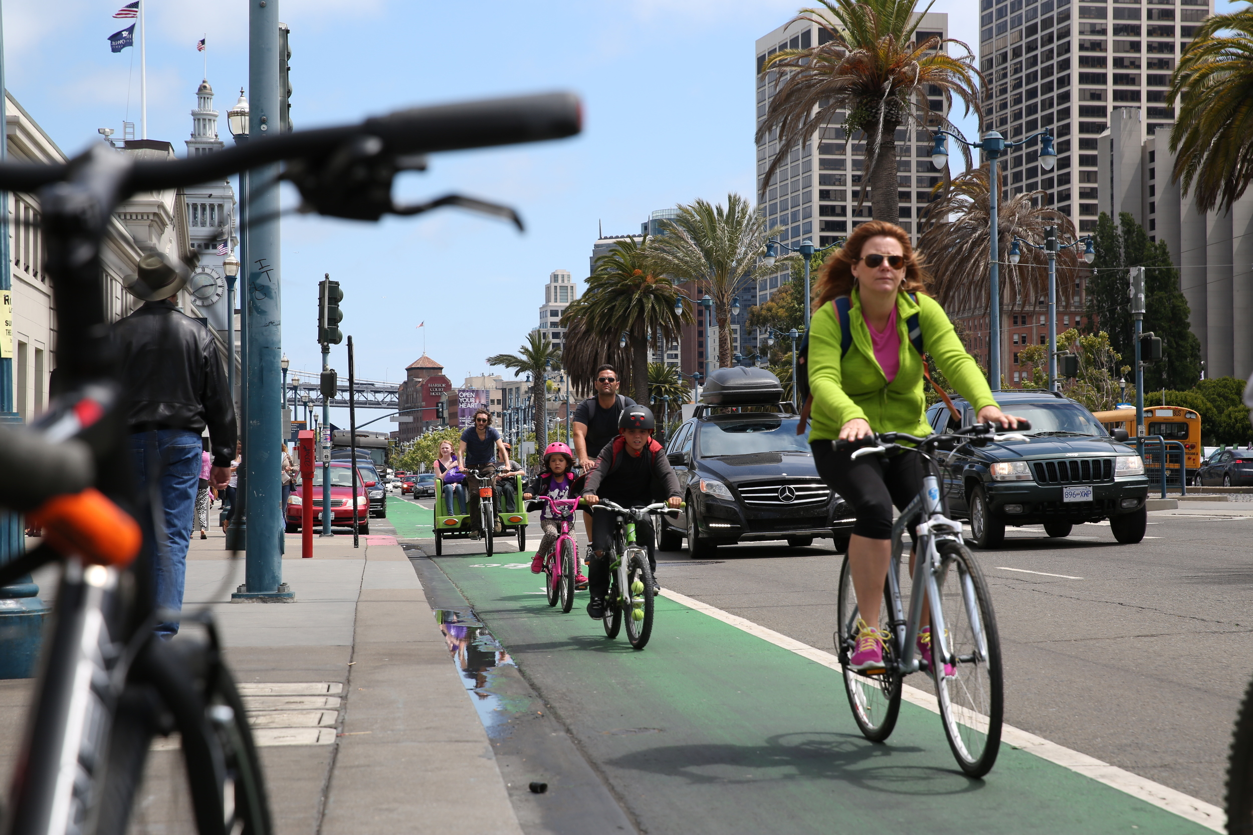 The Blue-Greenway bike route traces the water's edge along the Embarcadero downtown, then out to Fisherman's Wharf and ultimately to Crissy Field Park and over the Golden Gate Bridge.