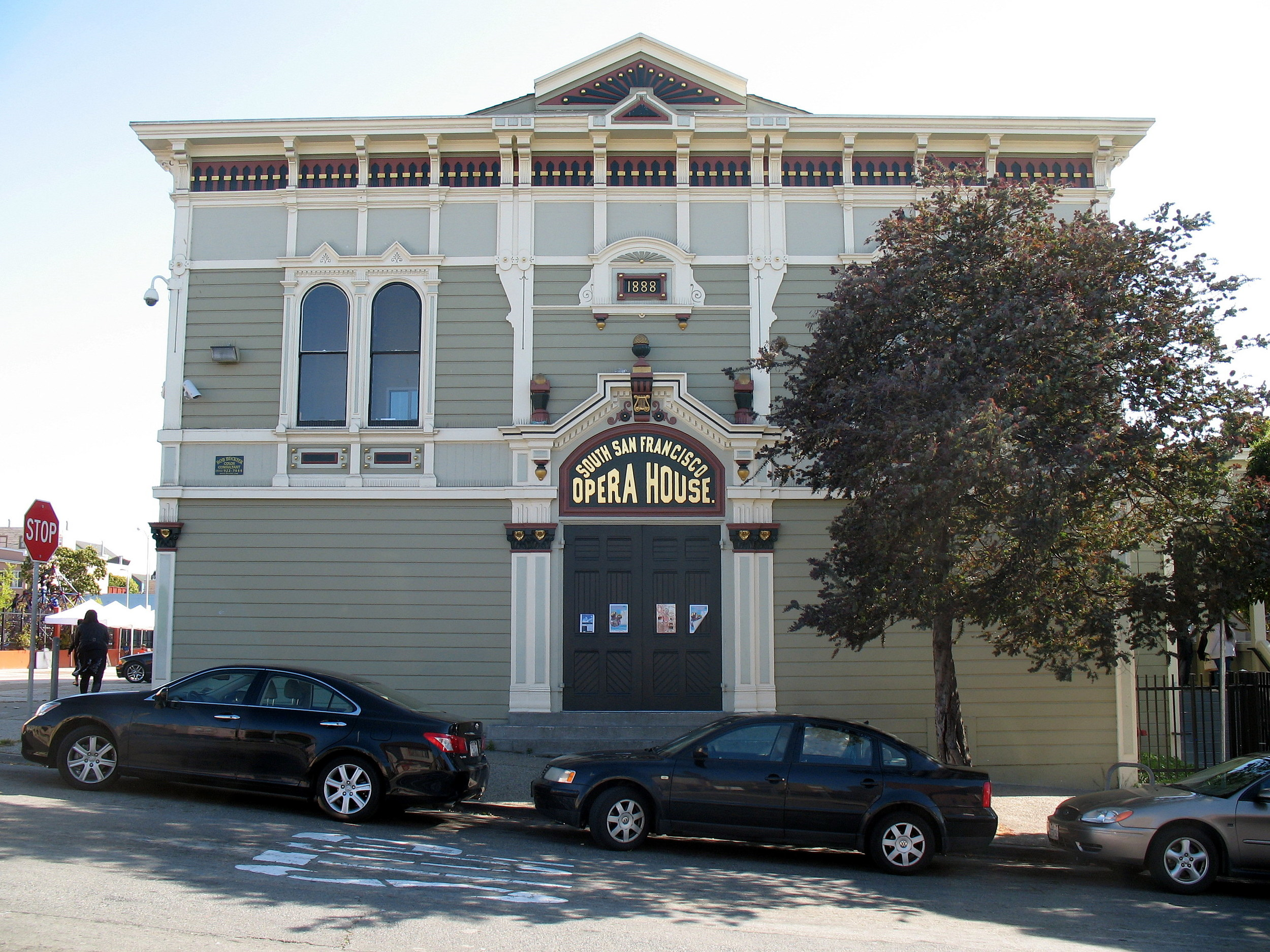 San Francisco's oldest theater, The Bayview Opera House offers community members arts-education and cultural-enrichment programs.