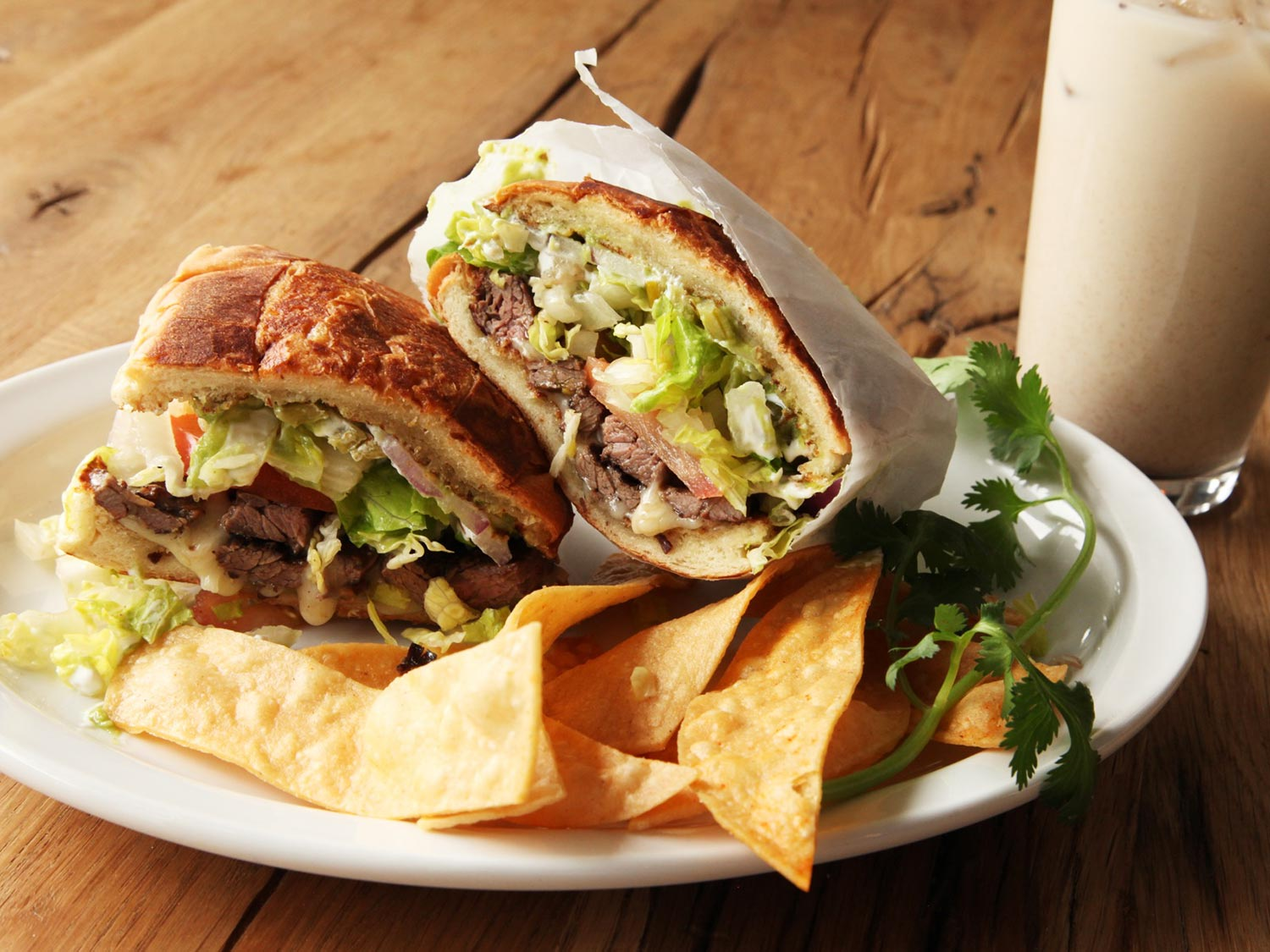 Tortas Boos Voni is a popular restaurant known for its authentic tortas.