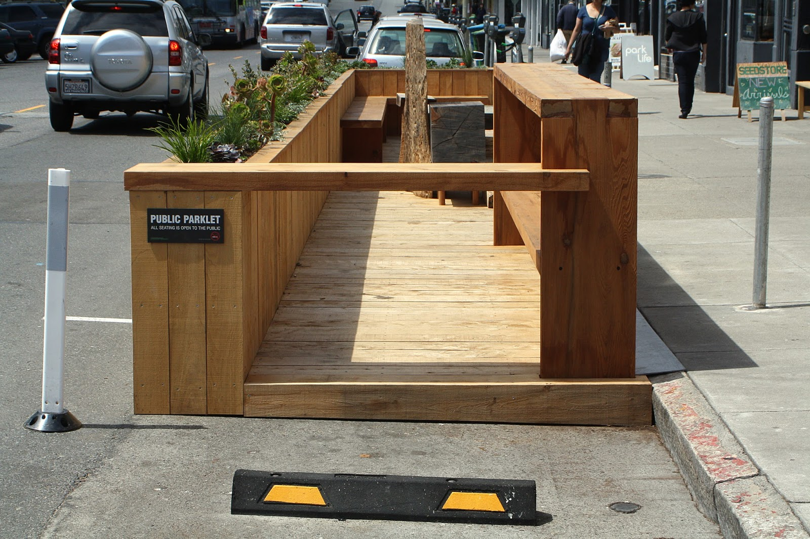 An outdoor parklet on Clement Street, the Inner Richmond's bustling commercial strip. Getting around the neighborhood is a breeze, whether you travel by bicycle, car or Muni. Bus rides provide direct access to the city center.