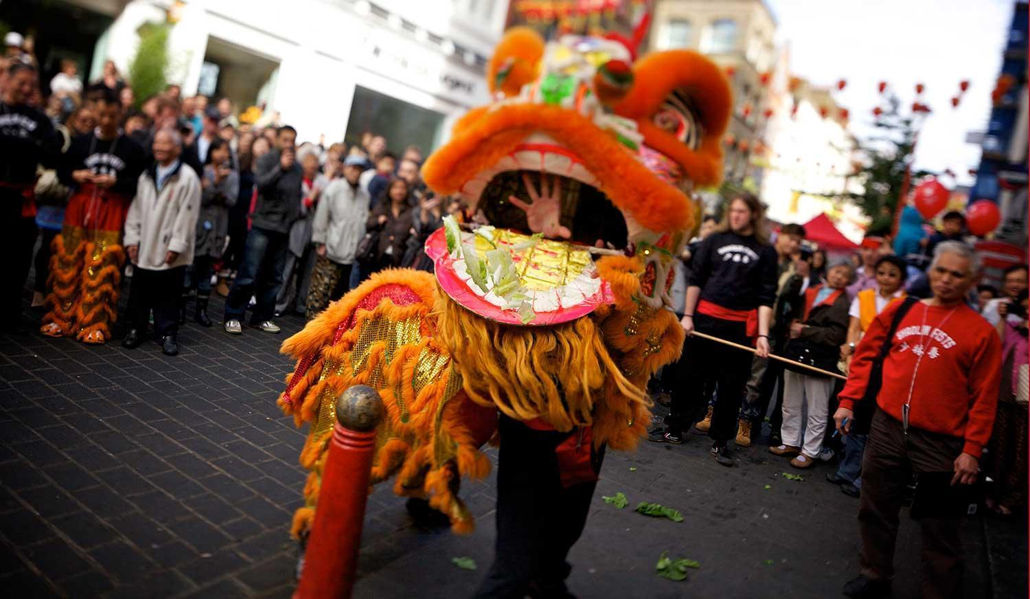 moon-festival-chinatown-dragon.jpg