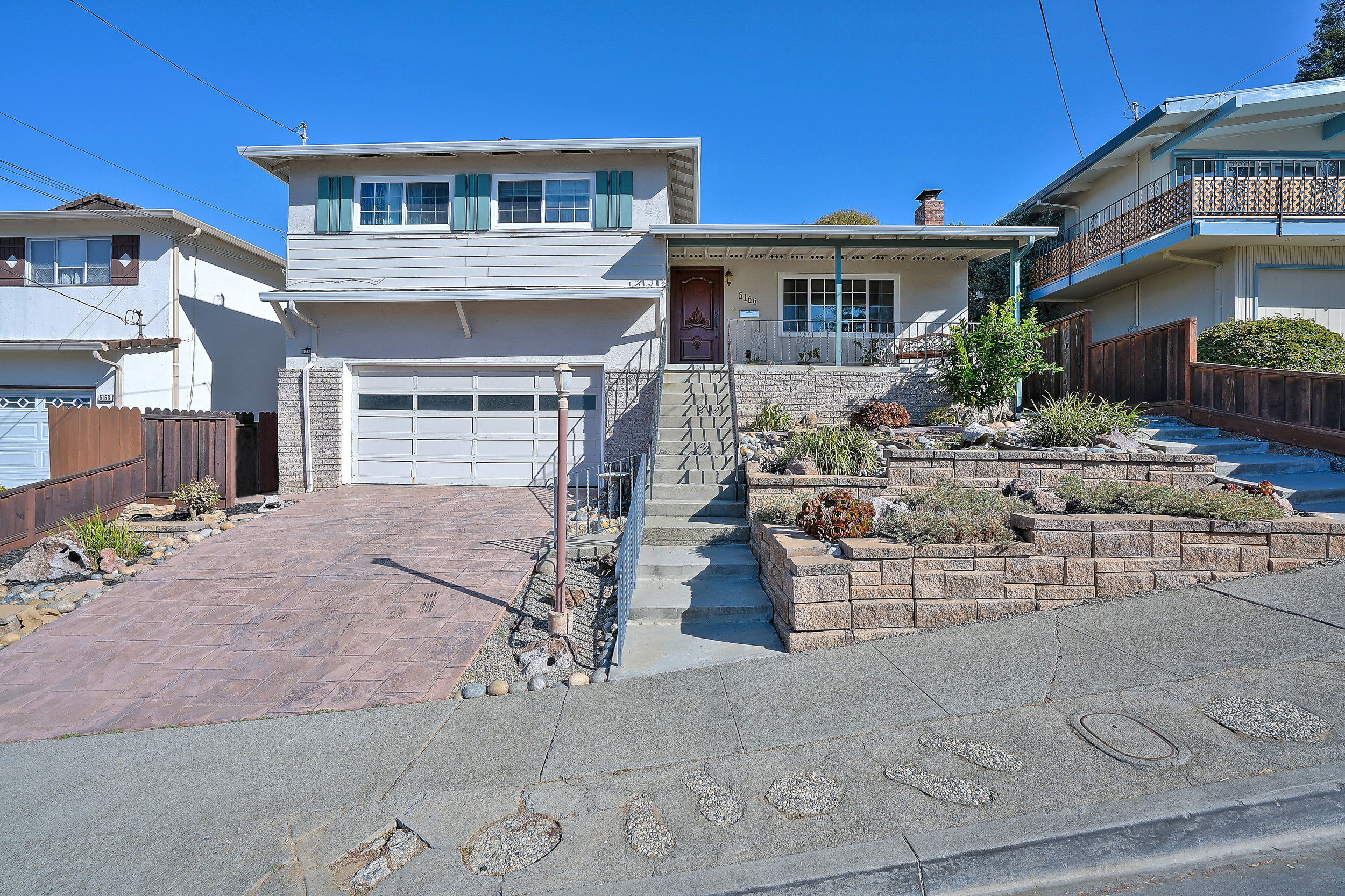 Sold at $880,000<strong>5166 Crane Avenue, Castro Valley</strong>