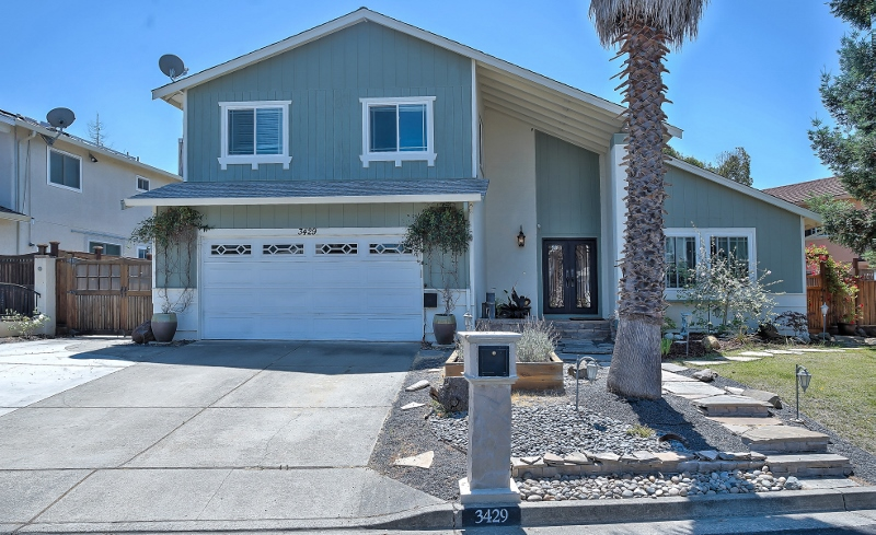 Sold at $900,000<strong>3429 Otter Court, Hayward</strong>