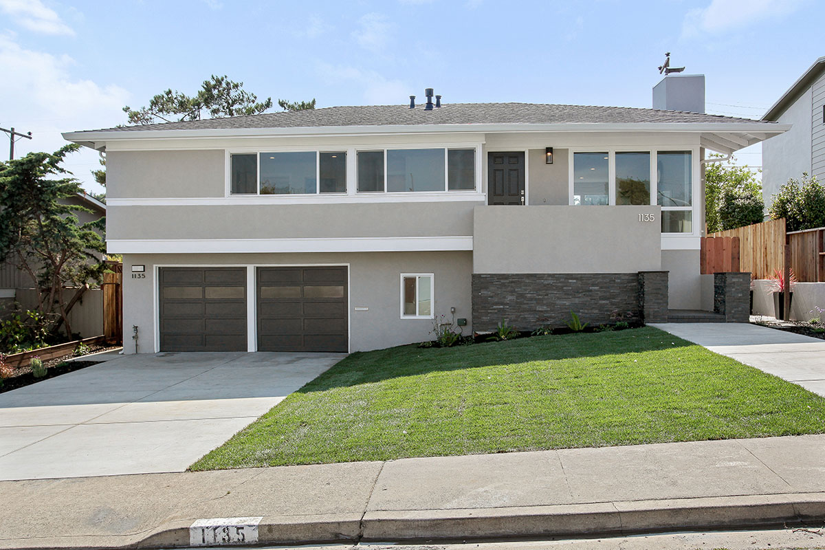 Sold at $1,800,000<strong>1135 Fernwood Drive, Millbrae</strong>