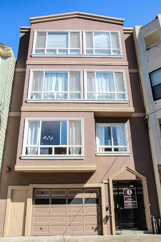 Sold at $1,238,000<strong>146 Blake Street #1, San Francisco</strong>