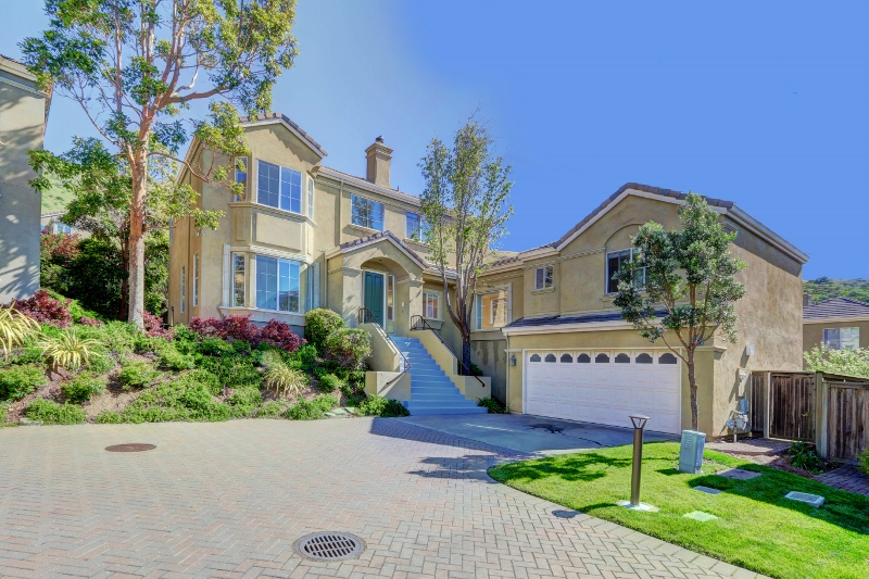 Sold at $1,475,000<strong>88 Parkgrove Road, South San Francisco</strong>