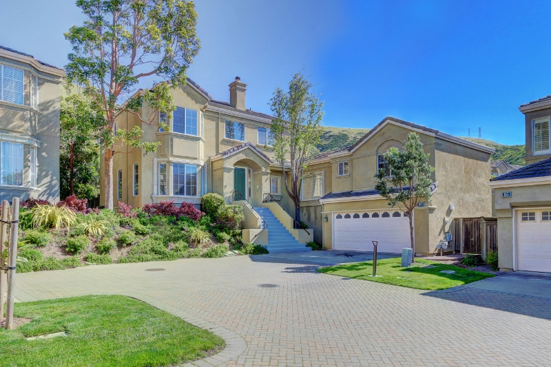 Sold at $1,475,000<strong>88 Parkgrove Drive, South San Francisco</strong>