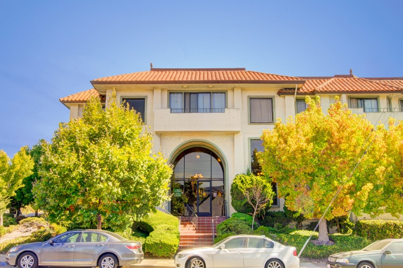 Sold at $645,000<strong>1396 El Camino Real #210, Millbrae</strong>