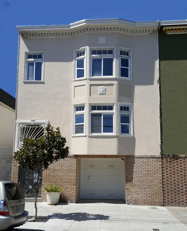 Sold at $2,450,000<strong>3234-3236 25th Street, San Francisco</strong>