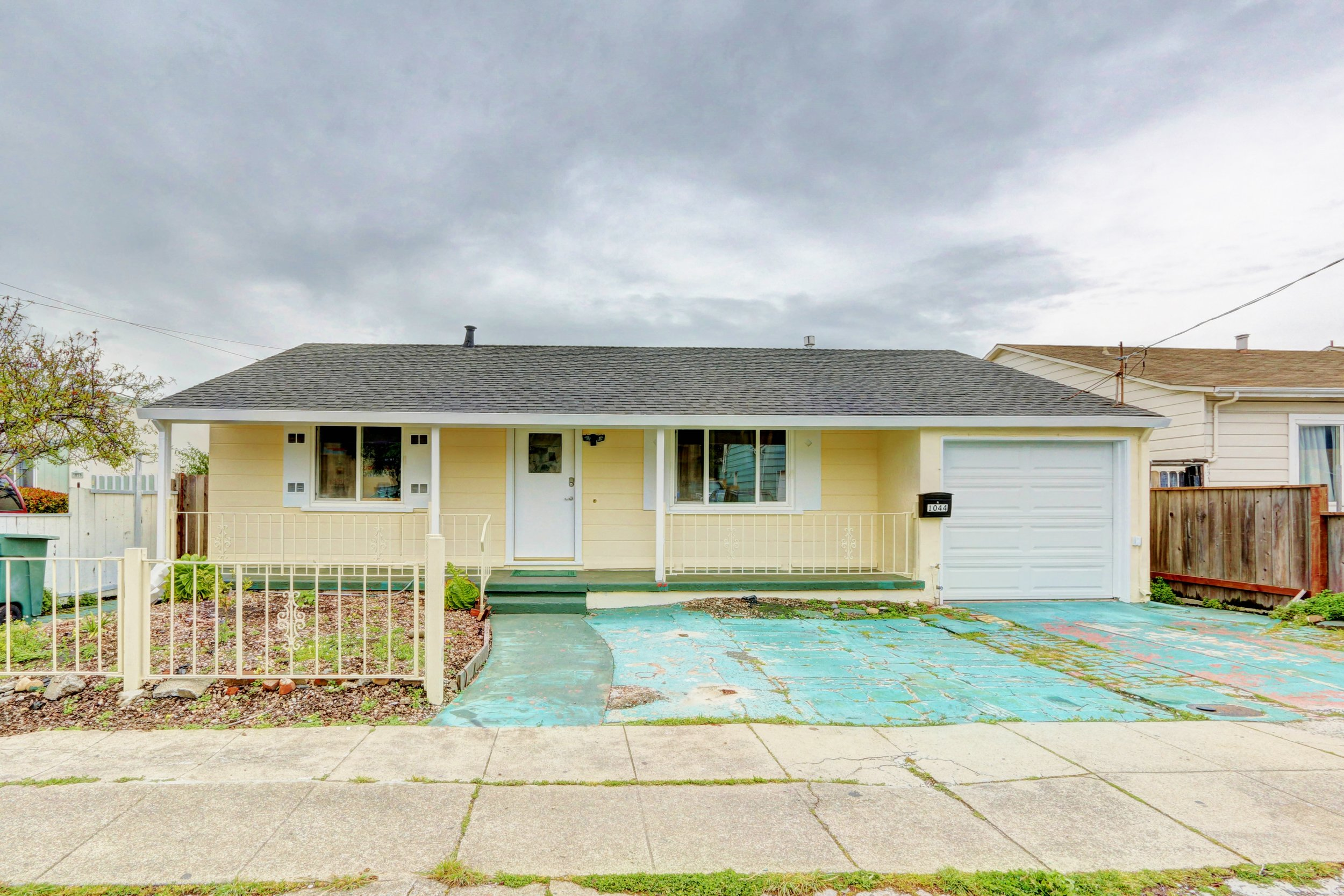 Sold at $675,000<strong>1044 Montgomery Avenue, San Bruno</strong>