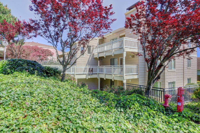 Sold at $641,000<strong>707 Red Leaf Court, Daly City</strong>