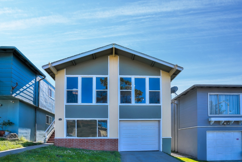 Sold at $1,195,000<strong>1215 Skyline Drive, Daly City</strong>